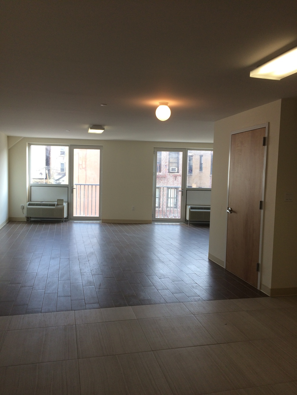 3rd and 4th floor front unit