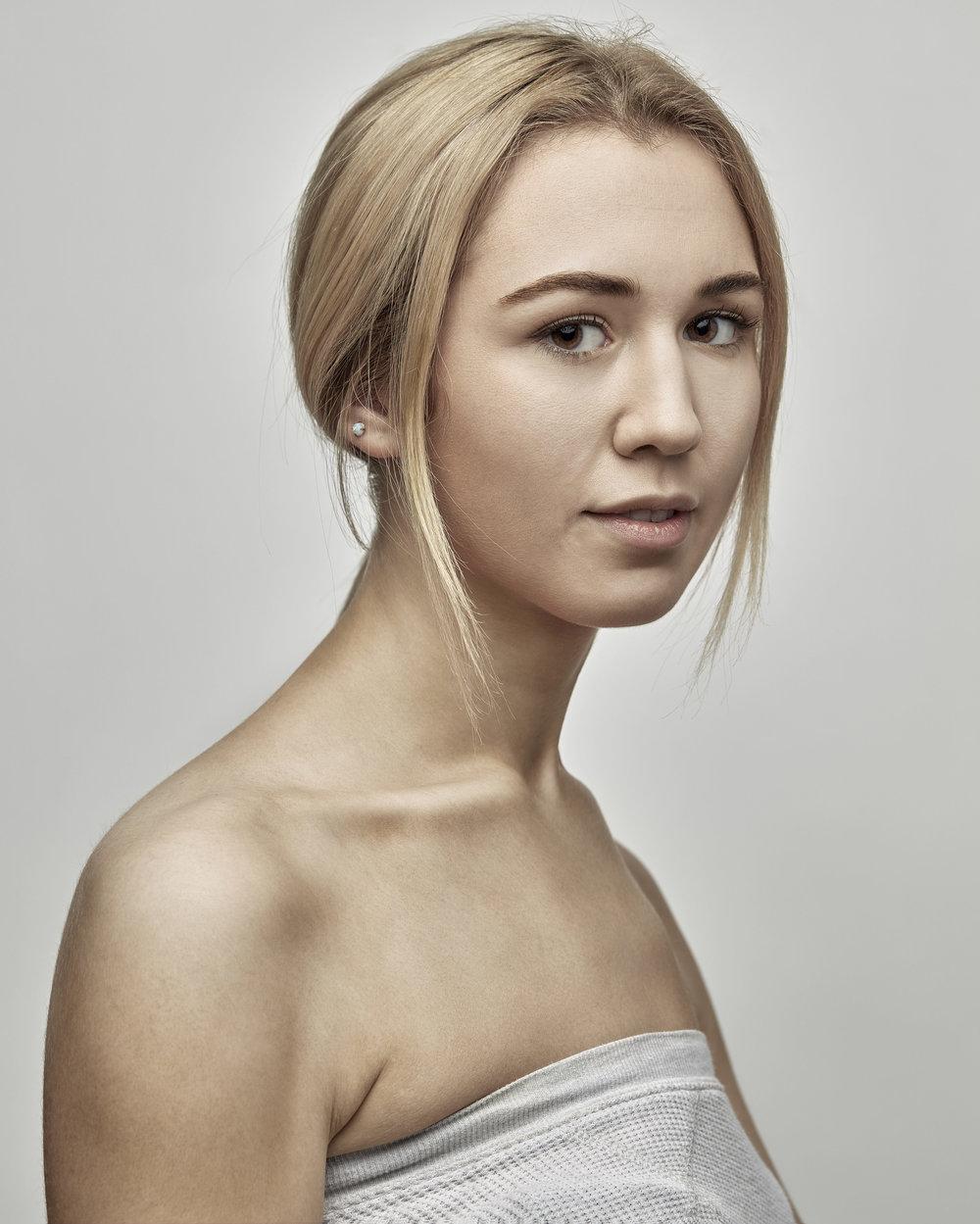 Emma 2.jpg