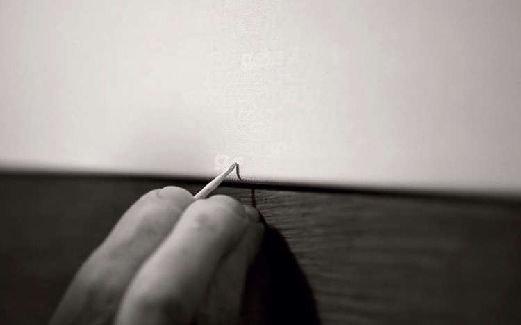 "Roman Opalka working on ""Détail"" painting"