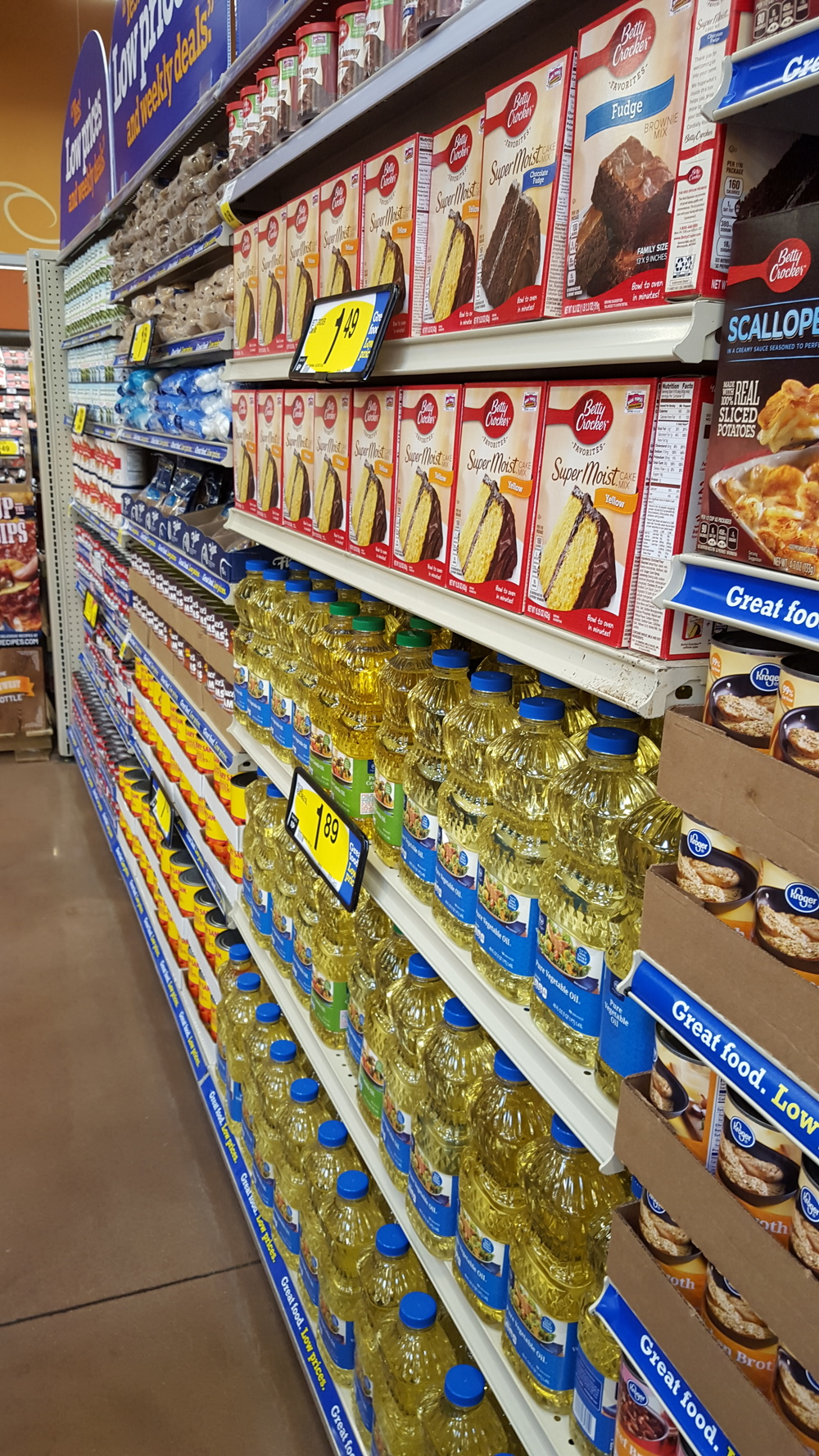 "Avoid the inside aisles where the ""factory fats"", unpronounceable ingredients, and the imitations ""foods"" are sold. We want the  real  stuff!"