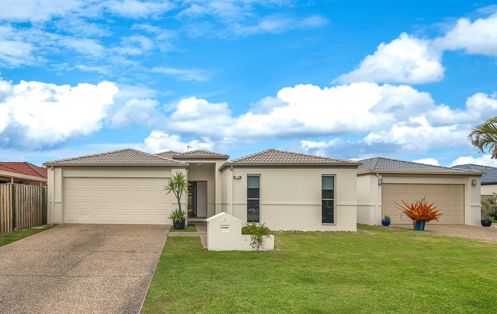 Growth Property Investment Strategy in action - House purchased on the southern Gold Coast in late 2018 for $600,000,  Intrinsic Value: $639,000 - Land Value: $350,000 (55%) - Improved Value: $289,000 (45%)  Age: 19 Years  Gross Rental Yield: 5.2%