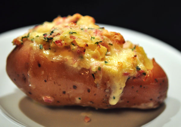 Baked-Stuffed-Potatoes.jpg