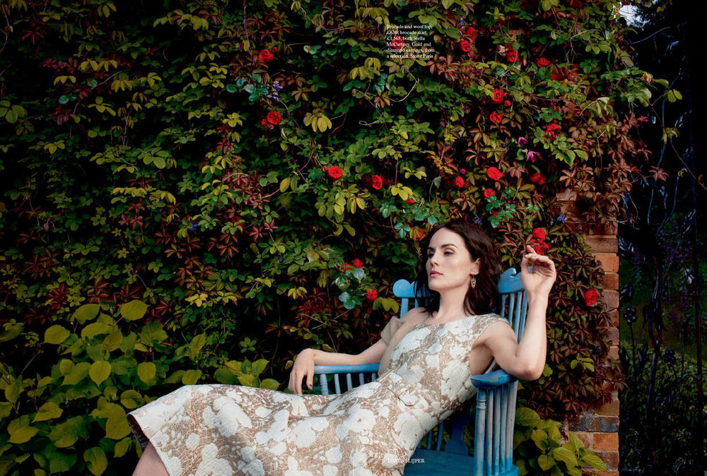 Michelle-Dockery--Harpers-Bazaar-UK-2015--01.jpg