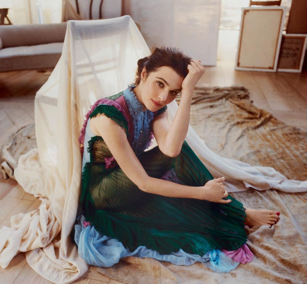 Rachel-Weisz--Harpers-Bazaar-UK-2015--10.jpg