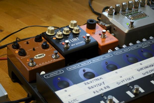 Joff Winks guitar rig - Trex Replica, Strymon Flint, MXR Phase 90, photograph by Joff Winks ©2016