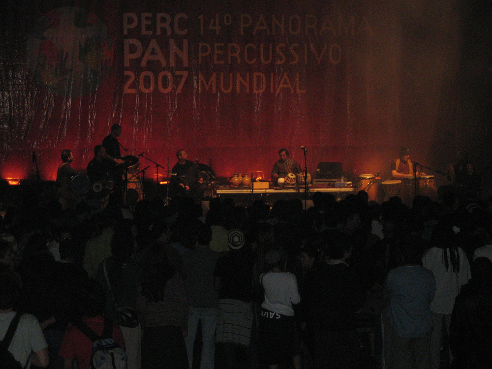 Hands On'Semble on stage at PercPan 14 in Rio de Janeiro (5/23/07)