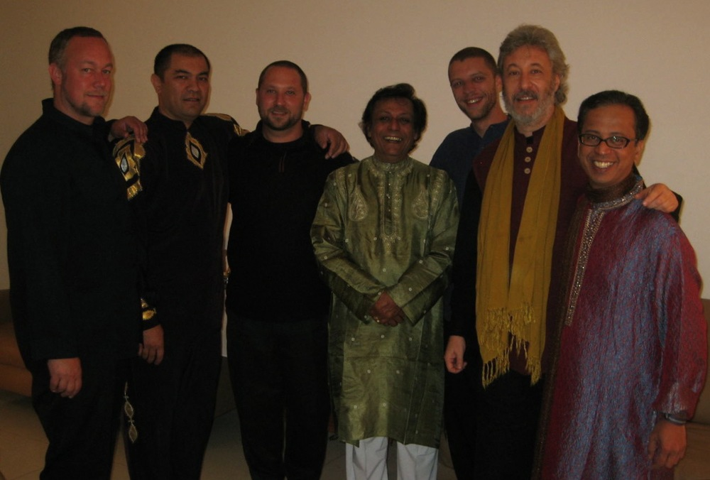 Austin, Abbos, Randy, Swapan, Andrew, Adam, Sriji - Backstage at PercPan 14 in Sao Paulo at Auditorio Ibirapuera (5/27/07)