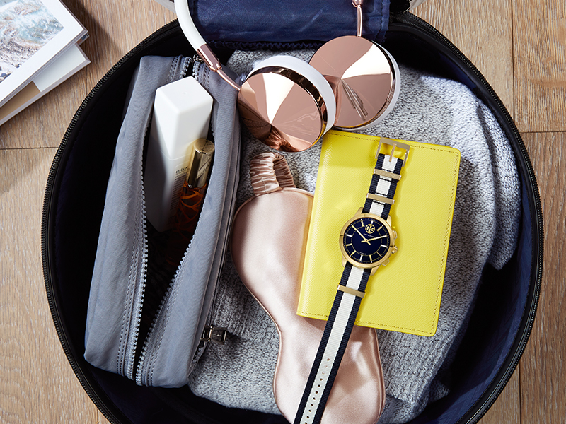 MD_ToryBurch_Smartwatch_Holiday_4Tile_Promo_Main-2.jpg