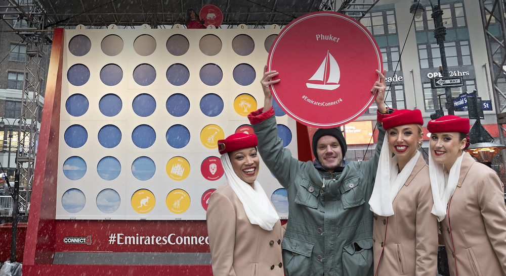 Emirates Connect 4