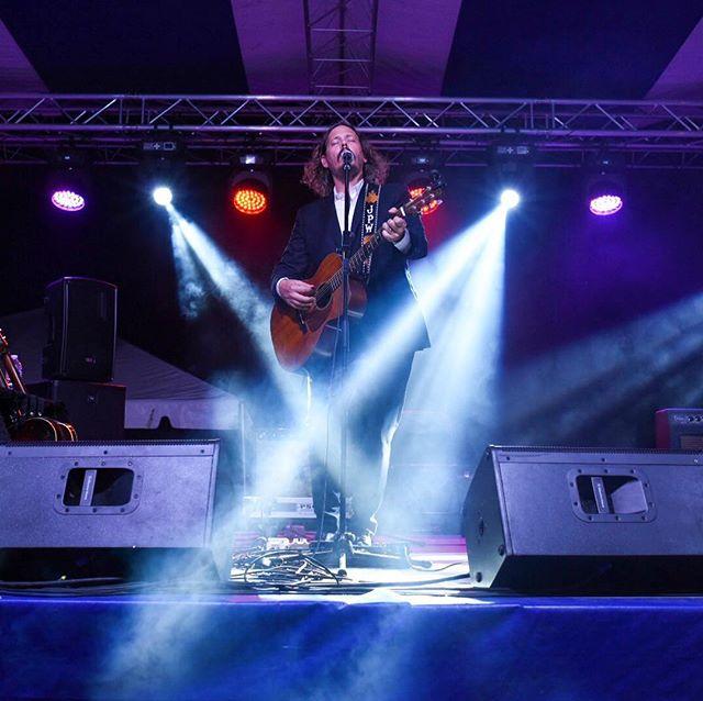 I'm absolutely star-struck. John Paul White, we love you. Please come again. #redbrickroads #concertphotography #livemusic #johnpaulwhite @johnboymusic @visitms