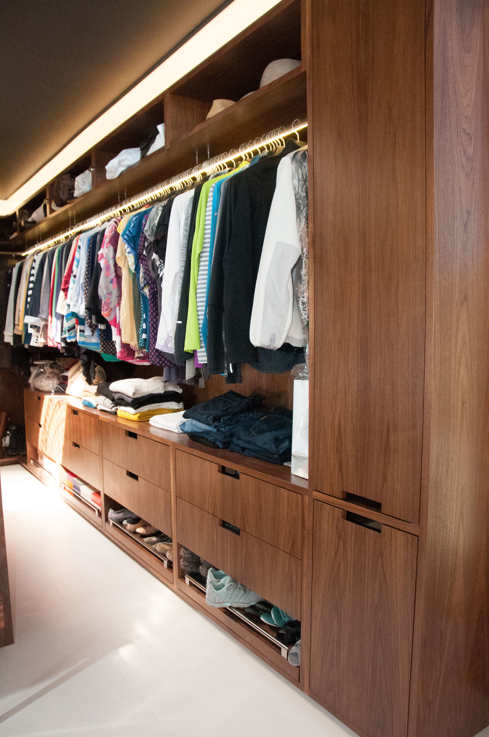 closet_2.jpg