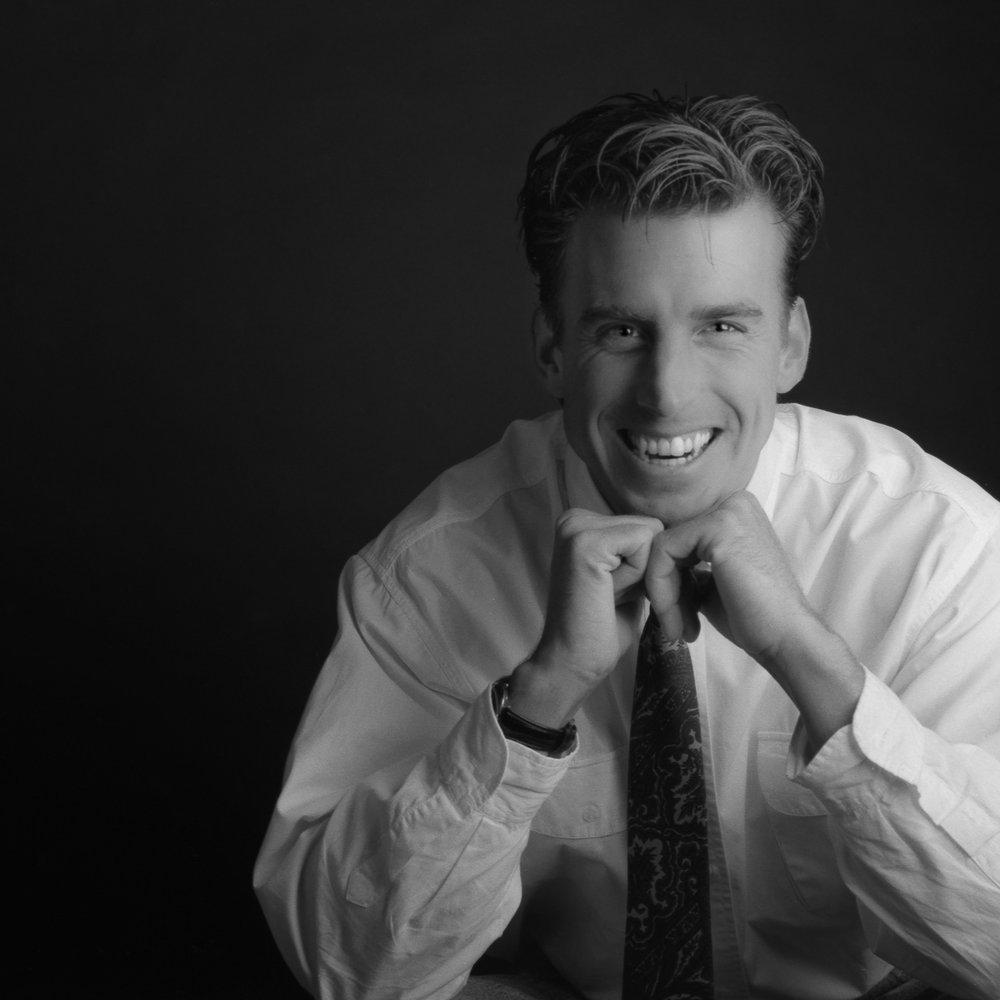 Portrait corporatif - De la prise de vue à la retouchechacune des étapes de mon travailest réalisée avec minutie afin de livrerl'image la plus authentique qui soit.