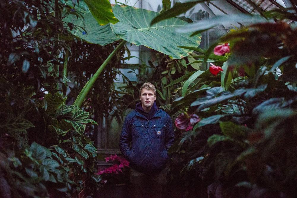 denver-portrait-photography-botanic-gardens-1.jpg