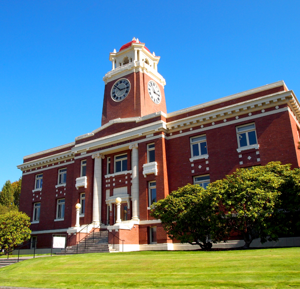 Clallam_County_Courthouse_09-11-13_Wiki.jpg