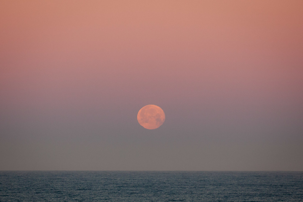 Moonset, Montara, California