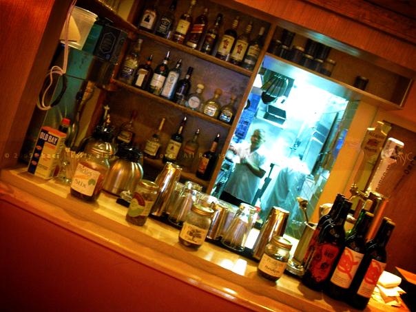 kac_090409_perm_bar_kitchen_604