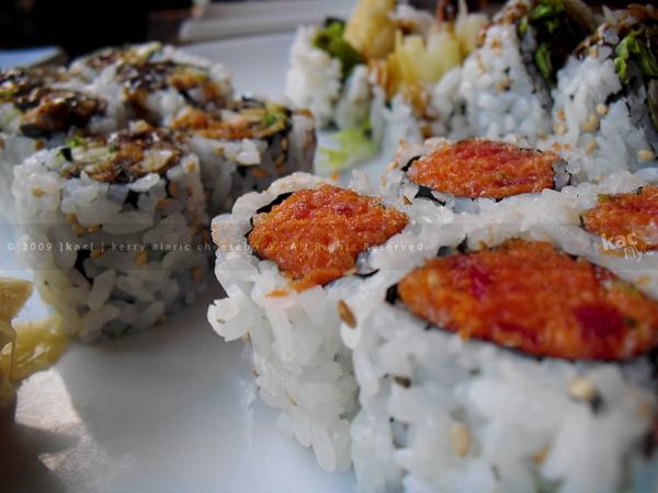 Sushi Suki spicy tuna roll
