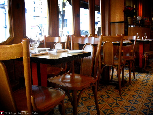 Cafe D'Alsace Interior
