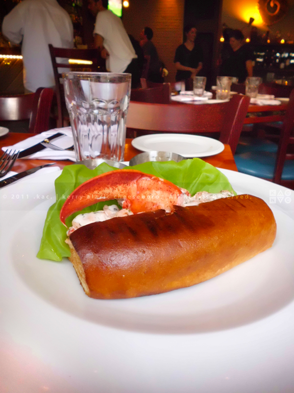 Lobster Roll | The Seafood Tavern