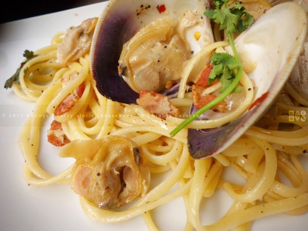 Linguini with Clams and Bacon