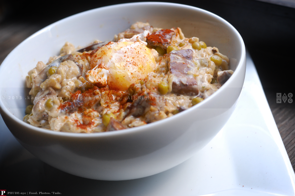 Savory Oatmeal with Mixed Mushrooms