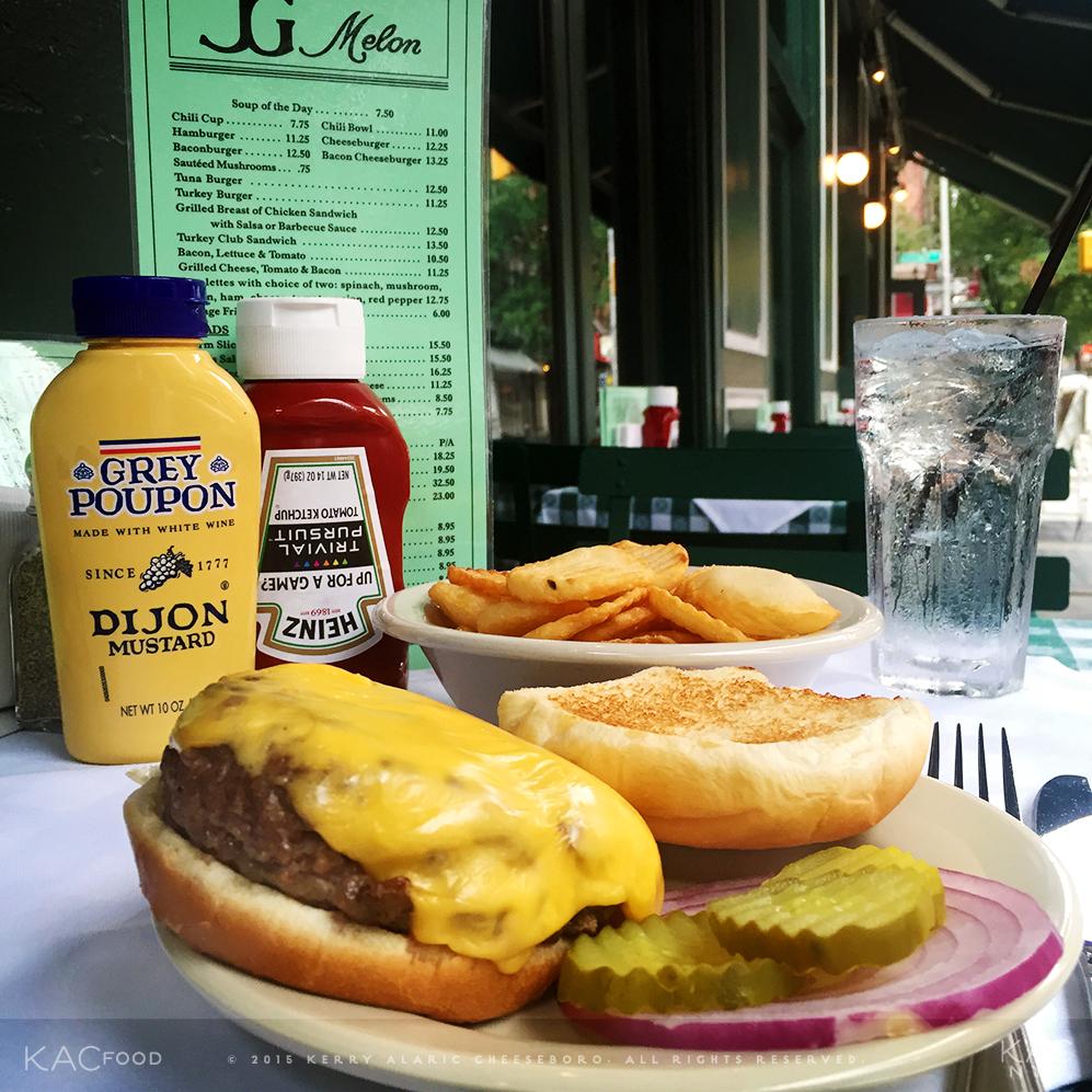 CHEESEBURGER | Red Onion, Pickles | J.G. MELON | Greenwich Village, NYC