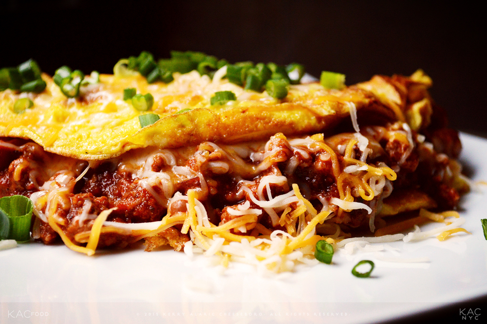 KAC 2-MEAT 2-BEAN CHILI (Omelet) | Spicy Ground Beef and Lamb Meat Chili with Kidney and Pinto Beans | Colby Jack and Cheddar Cheeses, Scallion