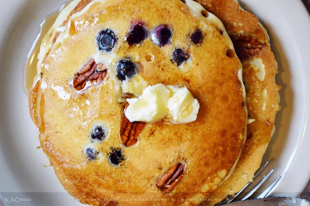 BLUEBERRY & PECAN PANCAKES | Butter, Maple Syrup | LEXINGTON CANDY SHOP | Upper East Side, NYC