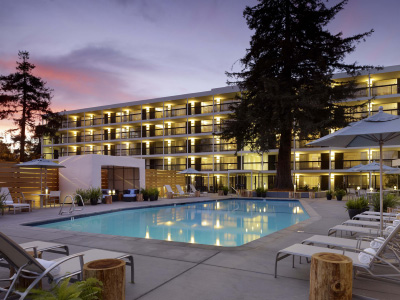Hotel Paradox Santa Cruz - Hot June Deals