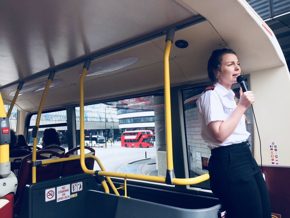 travel guide to london: big bus tour