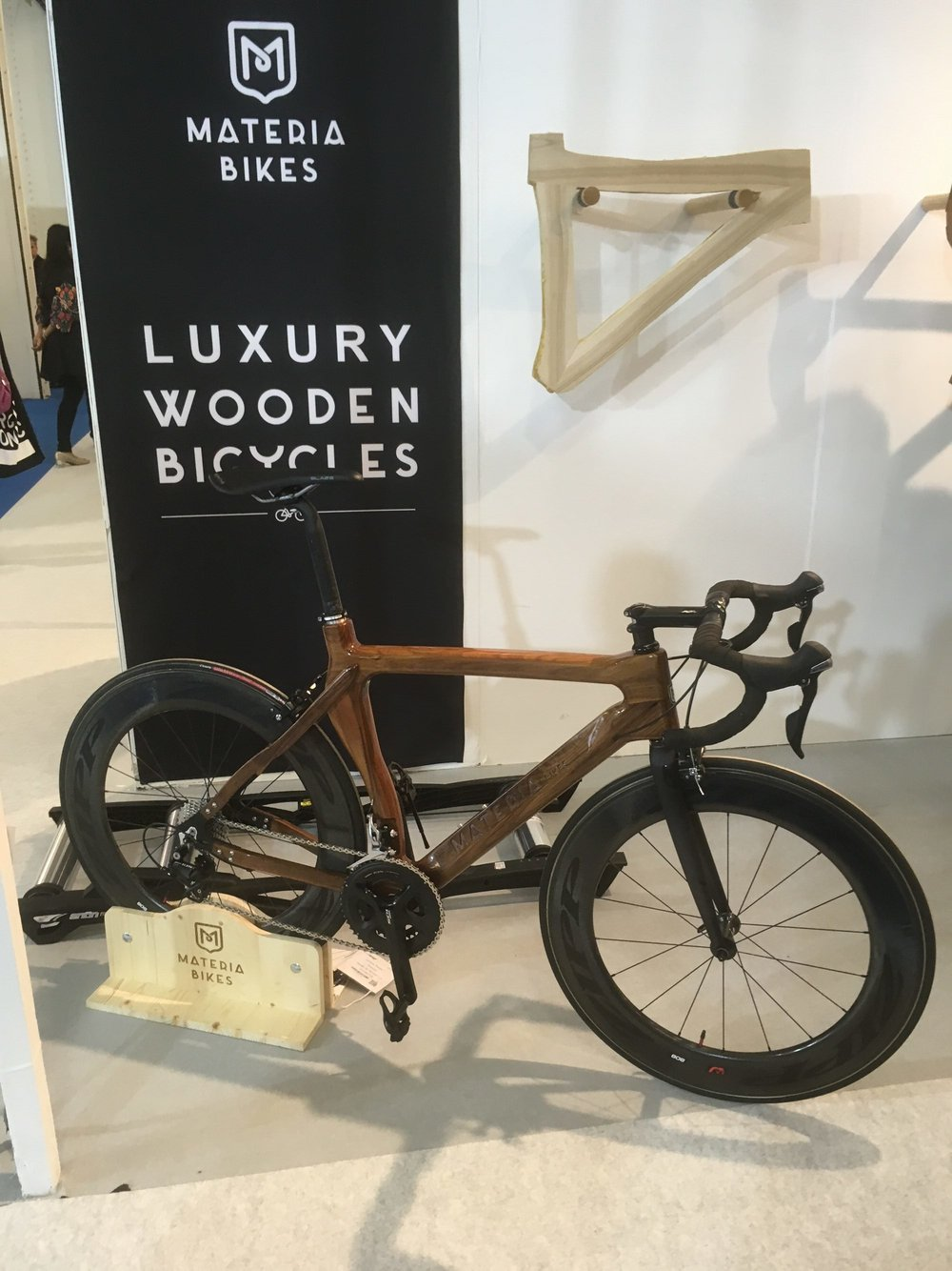 Who wouldn't like to ride a wooden bike? The incredibly clever craftsmen @materiabikes have done just that with their beautiful pedal machines.