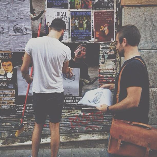 EP concert release just around the corner! The Walls say YEAH !! (at Calle de Velarde)