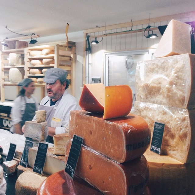 My #love for #cheese has no bounds. 🐐🐄 (at Quesería Cultivo)