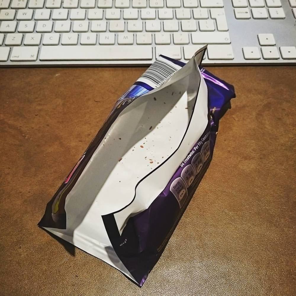 Turns out editing and having a 'little bit of chocolate' with my cuppa doesnt work too well! #Cadburys #dimebar #bigfattyboomboom (at Yeti Photography)