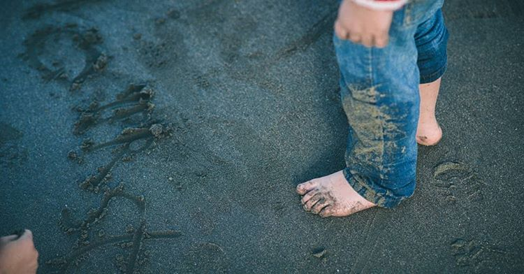 'Oh the places you will go' #sandytoes #son #play #mucky #exploring #drseuss (at Yeti Photography)