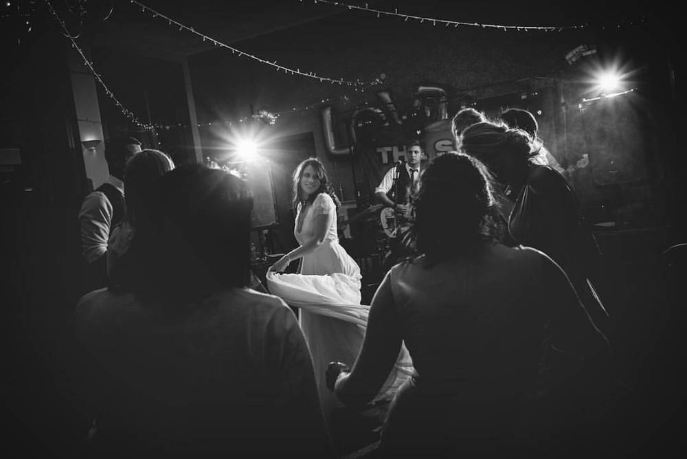 Becky #dancing #wedding #bride #fun #party #band #lights #OCF #VSCO #weddingphotography #devonwedding #dress #friends #happy (at Yeti Photography)