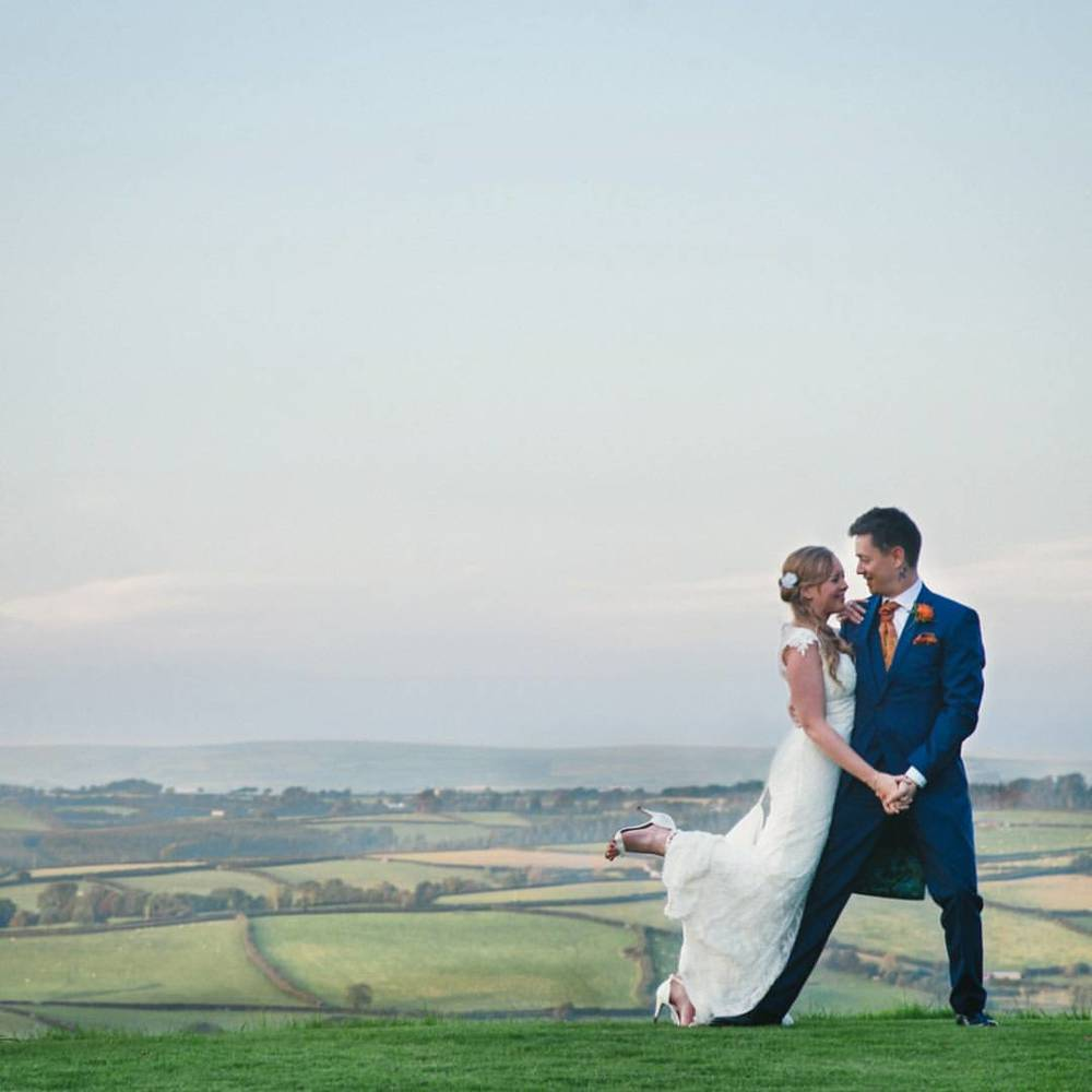 Emmie & Simon #VSCO #devonweddingphotographer #weddingphotography #northcotemanorhotel #weddingphotography