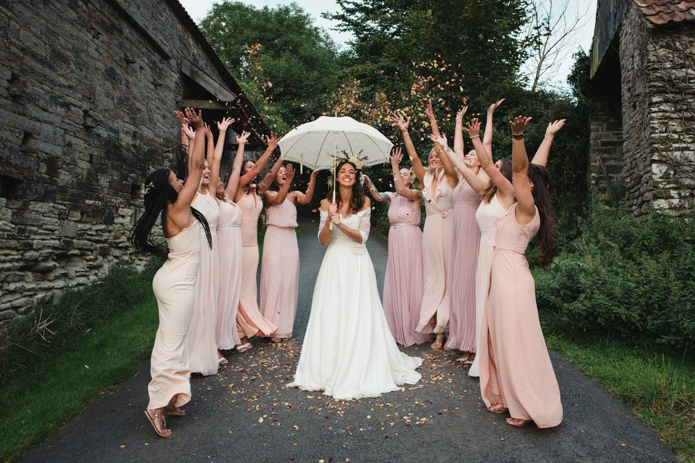 bridesmaid confetti photo devon