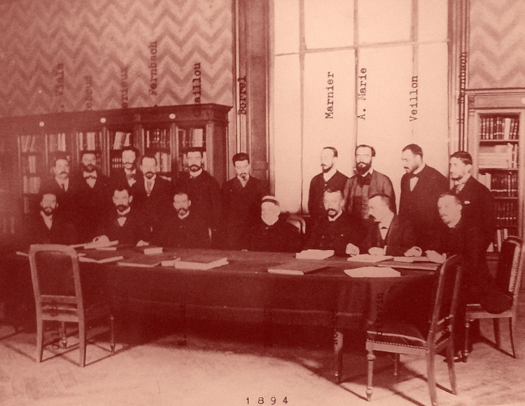 Pasteur entouré de ses pastoriens barbus