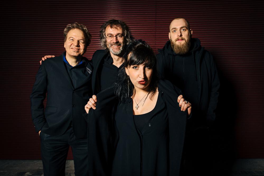 Jessy Martens & Jan Fischer Blues Support