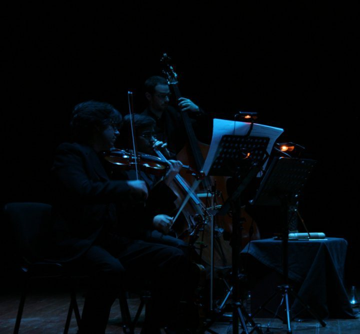 Ensemble Contemporaneus – Rainha das Neves (Redondo, 2010)