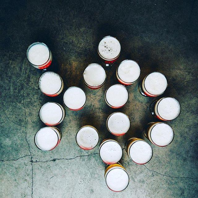銭湯のキャンペーンは7月31日で終了します!神田アクアハウス江戸遊はまだシュマッツロゴ入りのタオルと一杯無料ビールのクーポンを配っています!お風呂上がりのビールおごおっちゃいますよ!  This week will be our last week for our Kanda bathhouse x free beer campaign! Kanda Aqua House Edoyu still have some Schmatz logo towels (with free beer coupon!) going - there's nothing like a post-bath beer to cool off!  #銭湯 #シュマッツで週末 #シュマッツ #シュマッツビアダイニング #お疲れ様です #乾杯 #ビール #ドラフトビール #クラフトビール #ドイツビール #地ビール #東京 #beertender #tokyobeer #tokyofood #tokyo #craftbeer #craftbeer #beeroftheday #beerstagram #beertime #germanbeer #japanesebeer #神田