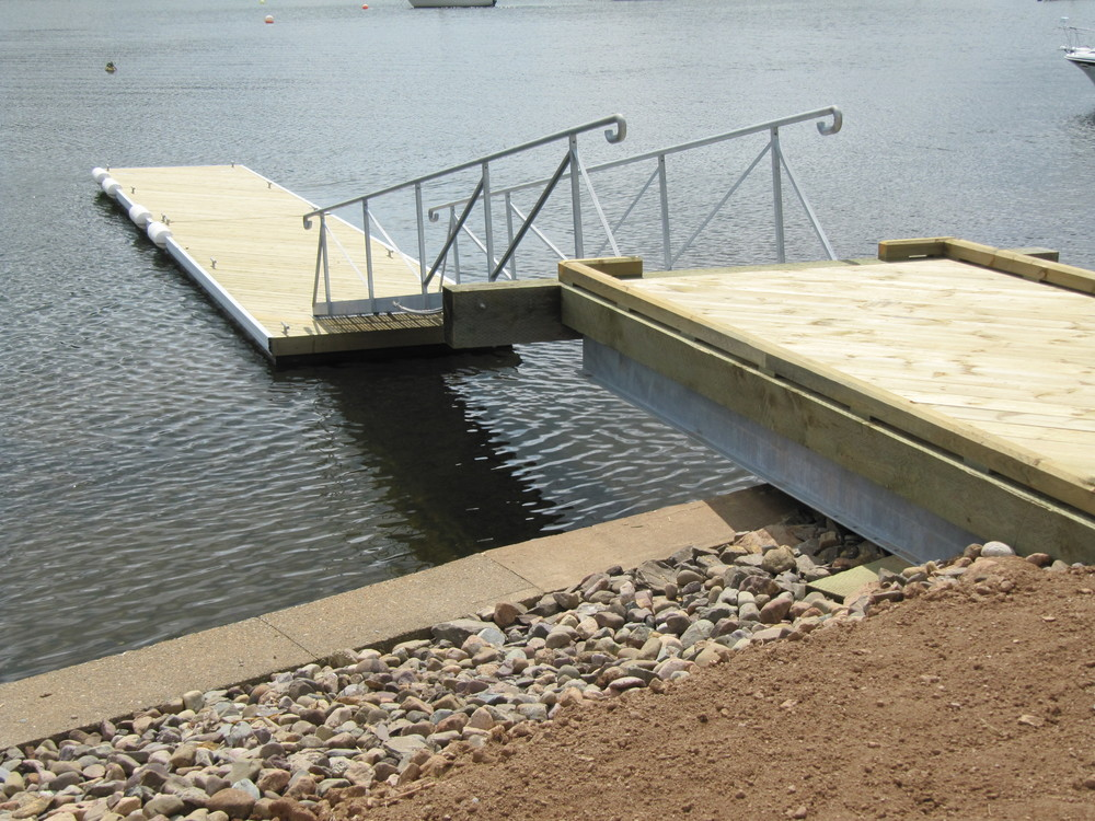 Cantilevered Wharf and Floating Dock System, Bedford Basin, NS