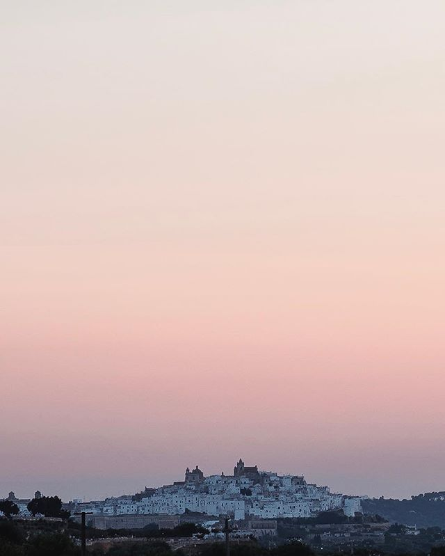 Sunset glow over the whitewashed citadel town of Ostuni 🏰🏰🏰
