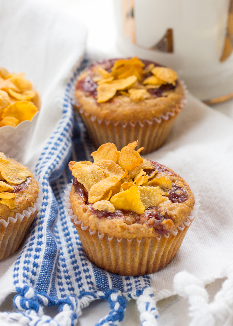 strawberry-cornflake-muffins-26.jpg