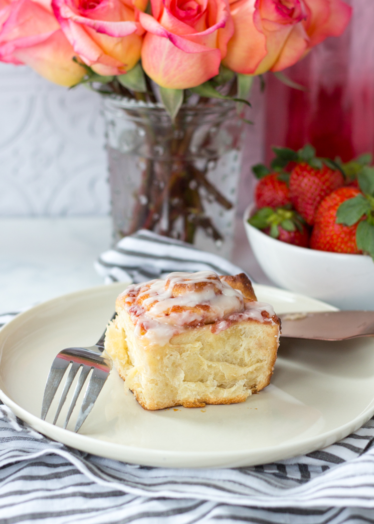 strawberry-rose-sweet-rolls-61.jpg