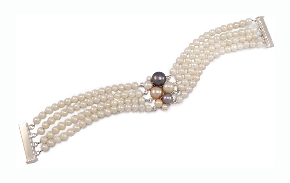Blush, bracelet