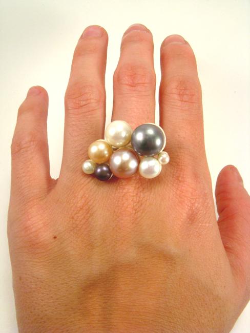 Blush, ring