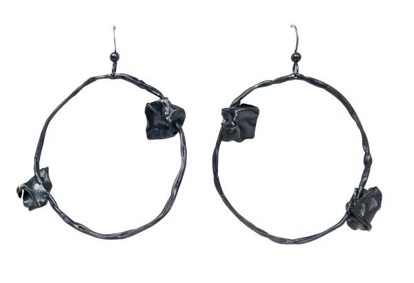 Fold, round black hoop earrings