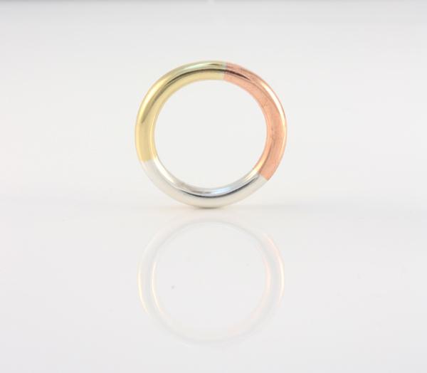 Tri-tone ring